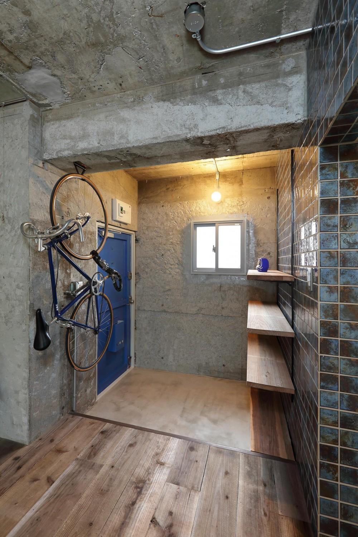 三鷹の家 「groundwork」 (玄関)