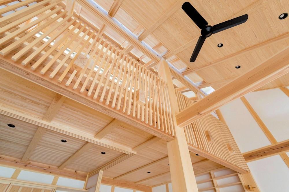 双子のibushiの舎 (天井)