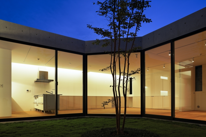建築家:黒崎敏「JARDIN」