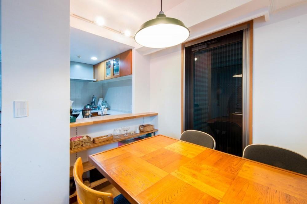 東京都新宿区・床暖房対応無垢ナラ材・和漆喰・チョークボードペイント (ダイニング)