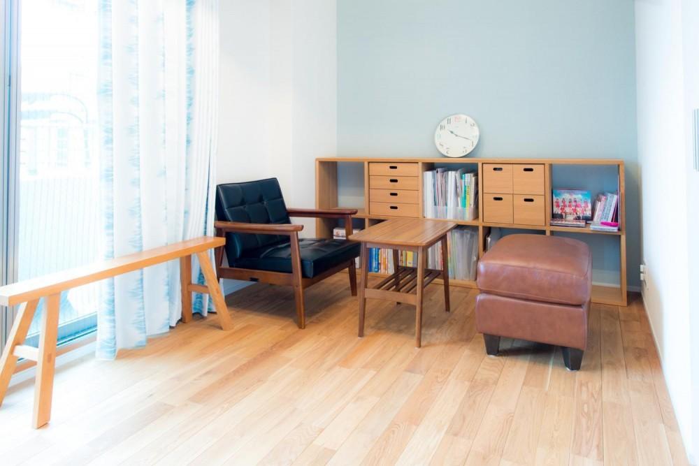 東京都新宿区・床暖房対応無垢ナラ材・和漆喰・チョークボードペイント (洋室)