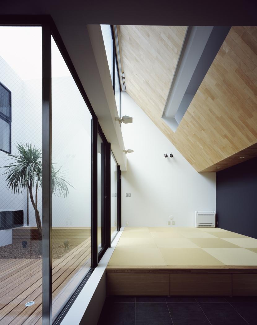建築家:黒崎敏「ATOM」