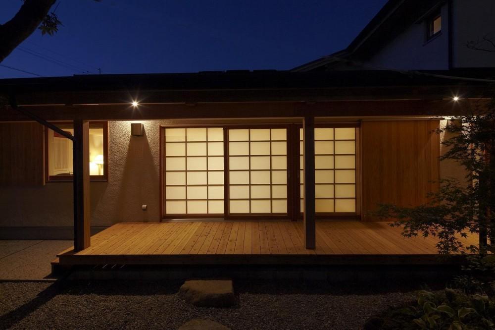 香住ケ丘の家 (夜の外観)