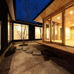 加須の平屋 (中庭)