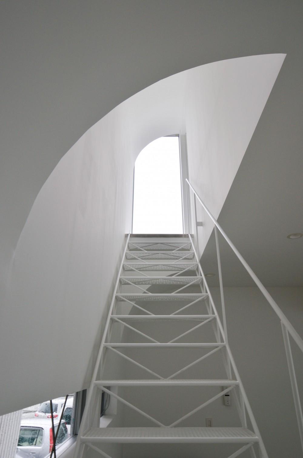 湧水町の住宅 (階段)