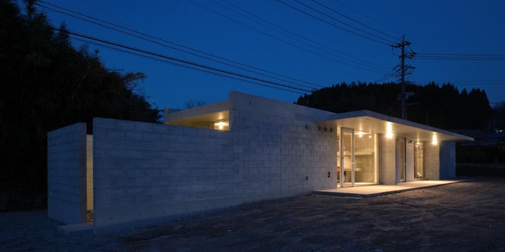 飯牟礼の住宅 (外観夜景2)