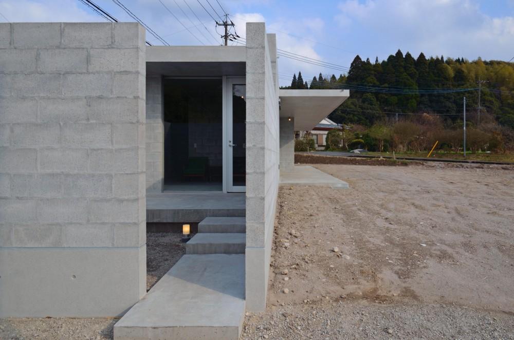 飯牟礼の住宅 (カフェ(将来)アプローチ)