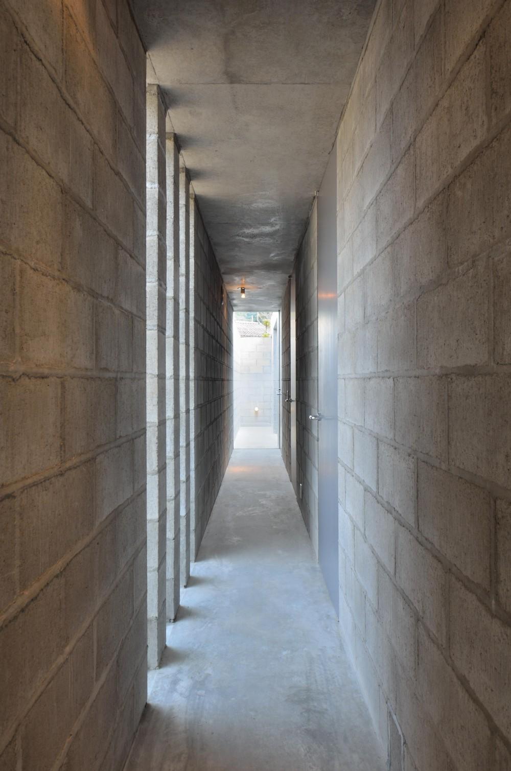 飯牟礼の住宅 (廊下)
