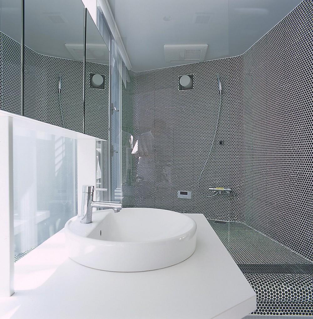 宇宿の住宅 (洗面所・浴室・バスコート)