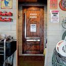 アメリカンコミックのインテリアに囲まれての写真 玄関