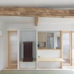 天野の家/リノベーション (居間から台所をみる)
