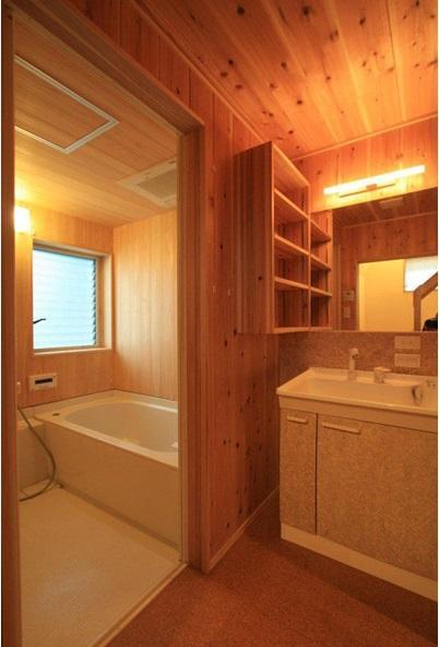 関屋大川前の家 (洗面浴室)
