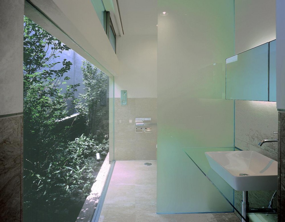 東谷山の住宅 II (トイレ)