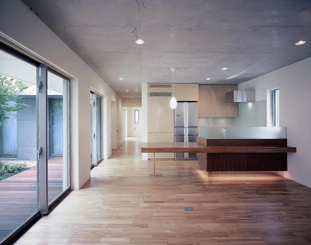 東谷山の住宅 II ((親世帯)リビング・ダイニングキッチン)