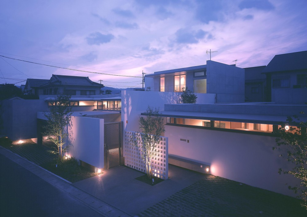 東谷山の住宅 II (外観夜景2)