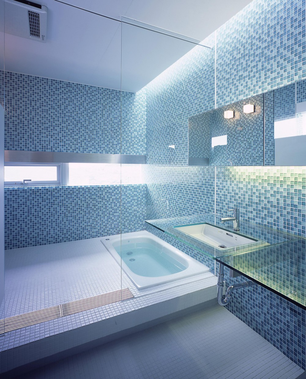 中山の住宅 (洗面所・浴室)
