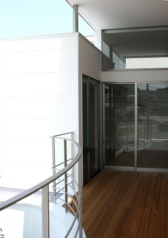 薬師の住宅 ((親世帯)2階バルコニー)