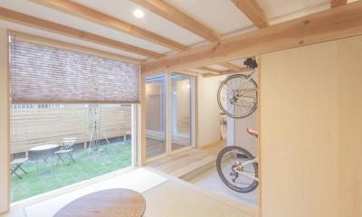 和室からの庭の眺め|江南の家