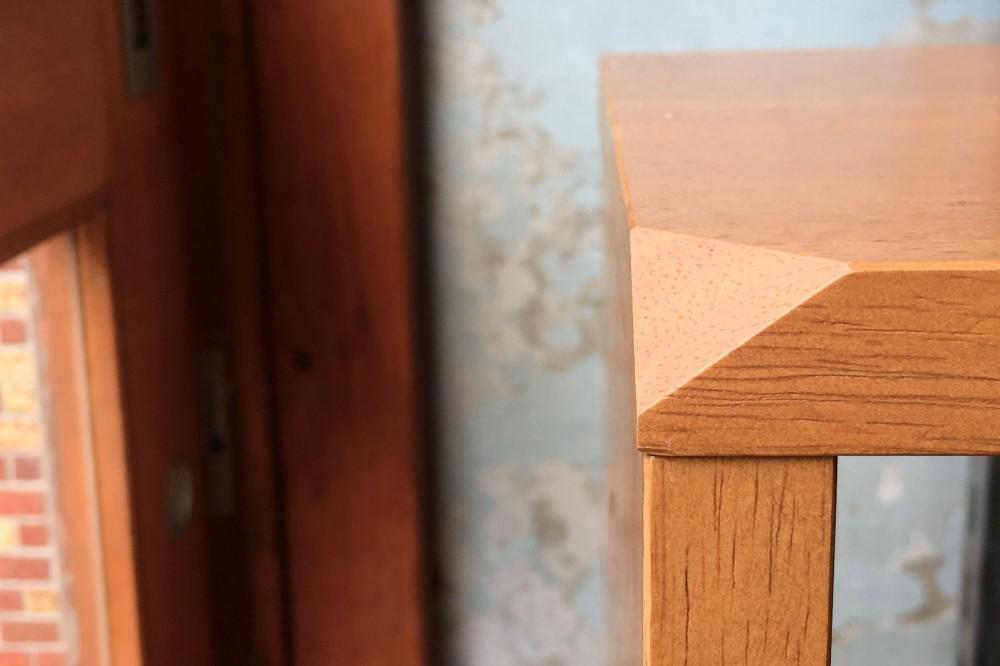 NY&〜部屋に新しいスペースを生む、人と猫のための家具ニャンド〜 (猫耳がモチーフ)
