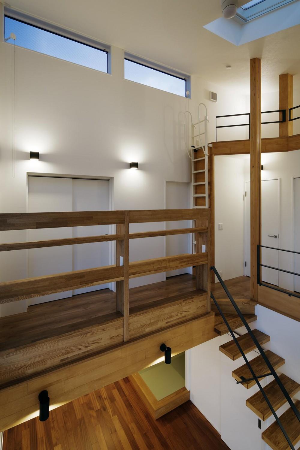 祖師谷ーY邸 (階段踊り場2)
