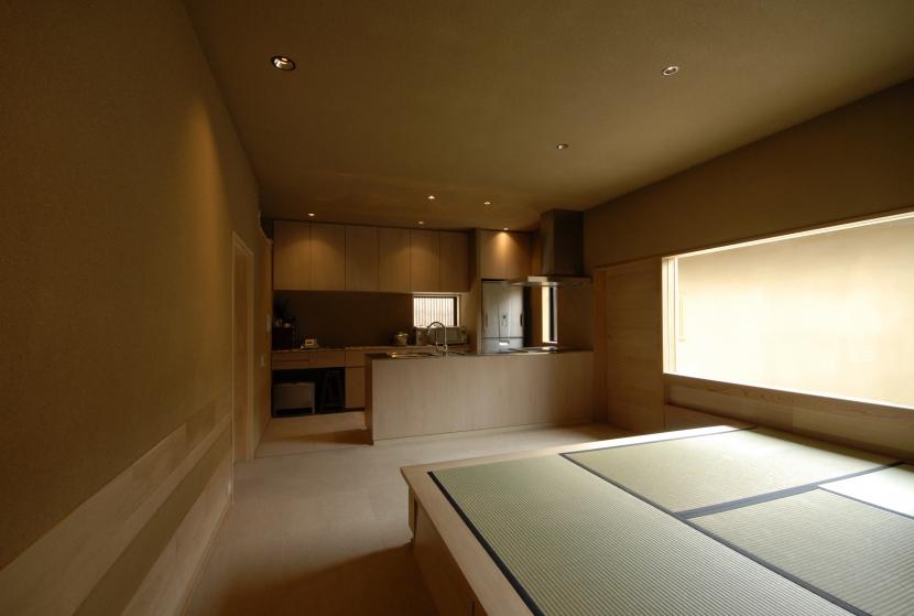 建築家:森村厚「地の家」
