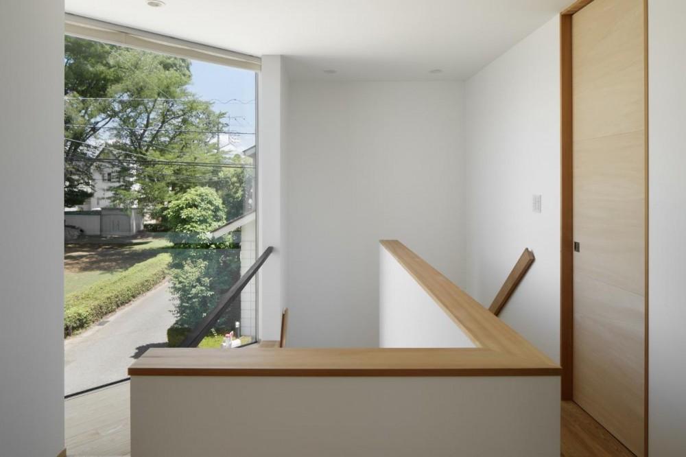 044流山Tさんの家 (階段ホール)