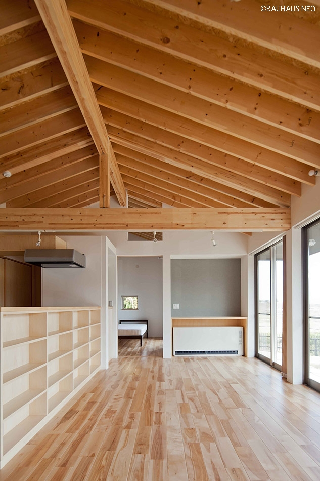 (東京都あきる野市)秋川の3段崖地の家/A棟/B棟 ((A棟)親世帯の家リビング 平屋)