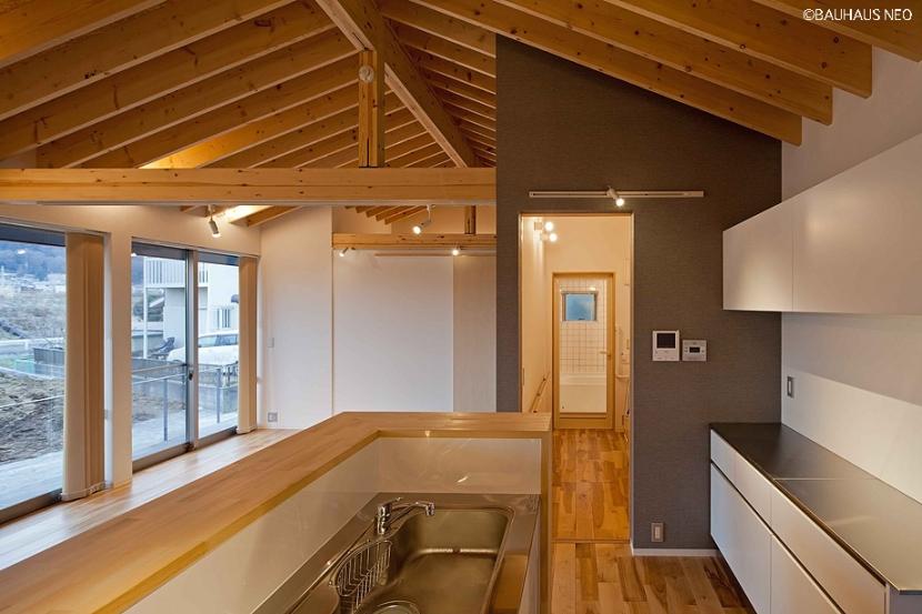 建築家:米村和夫「(東京都あきる野市)秋川の3段崖地の家/A棟/B棟」