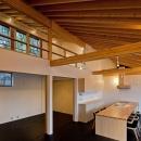 (東京都あきる野市)秋川の3段崖地の家/A棟/B棟の写真 (B棟)間仕切りは引戸とし解放できるようにした空間