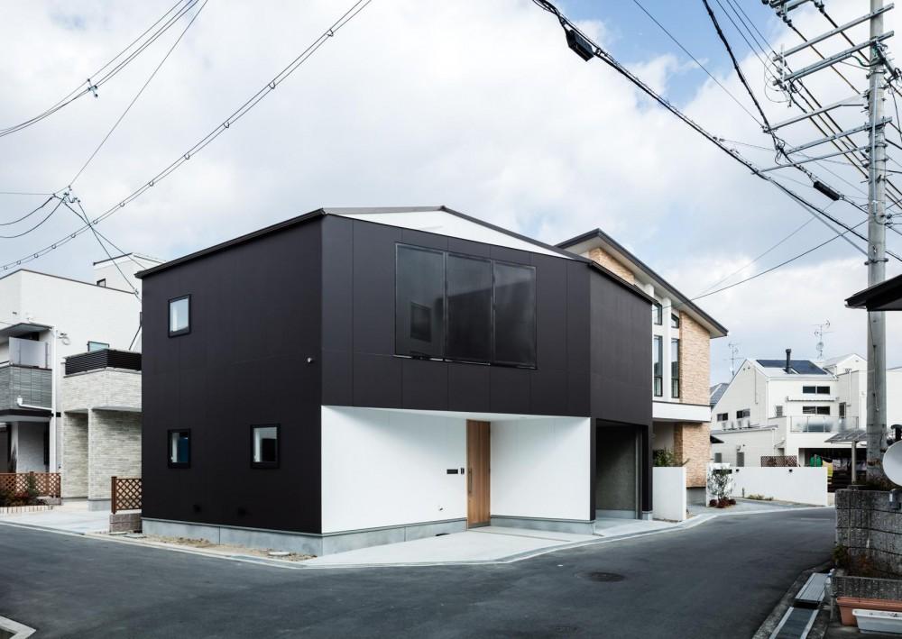 外観 (AK-house)