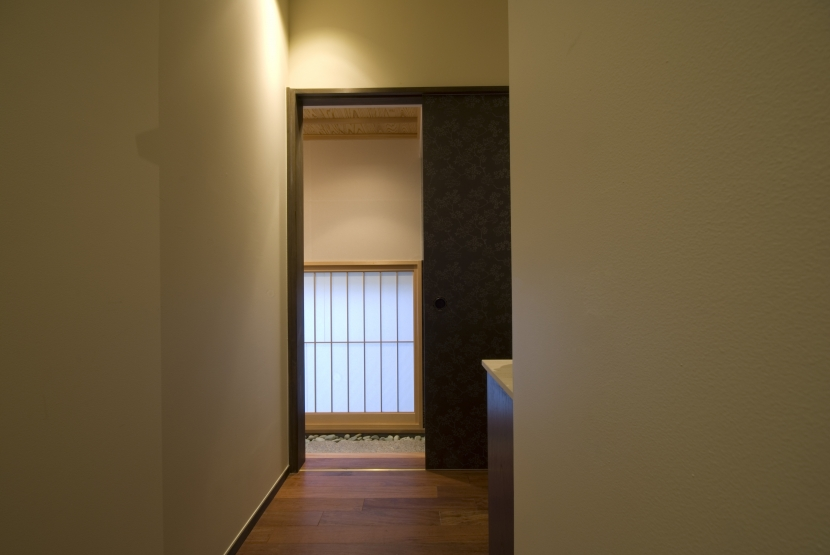 アジアンリゾートを自分の家に/風の家 (廊下)