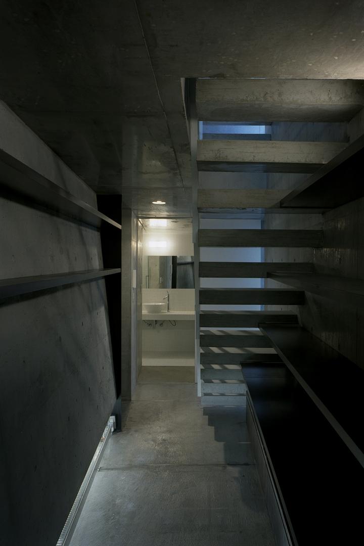 夏目坂の家の部屋 エントランス