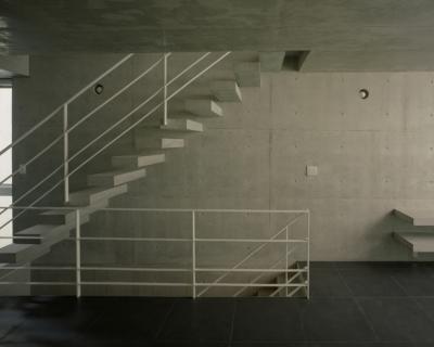 階段 (夏目坂の家)