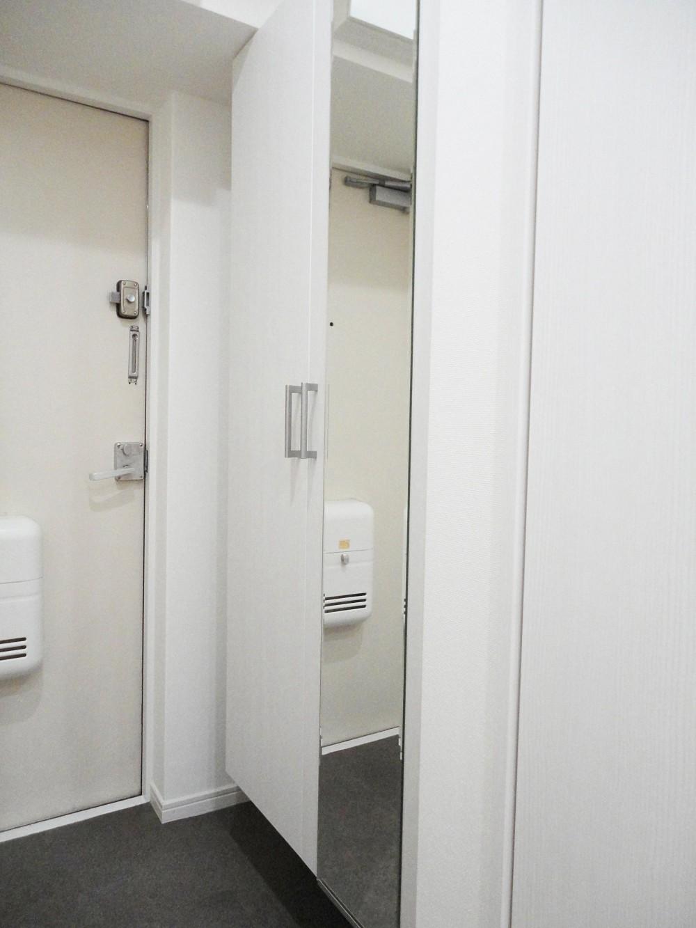 ぬくもり漂うナチュラル空間 (玄関)
