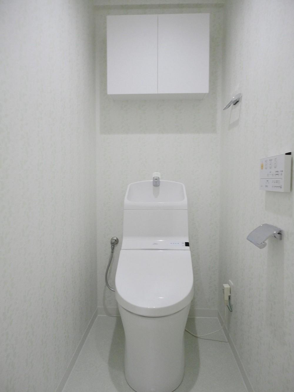 ぬくもり漂うナチュラル空間 (トイレ)