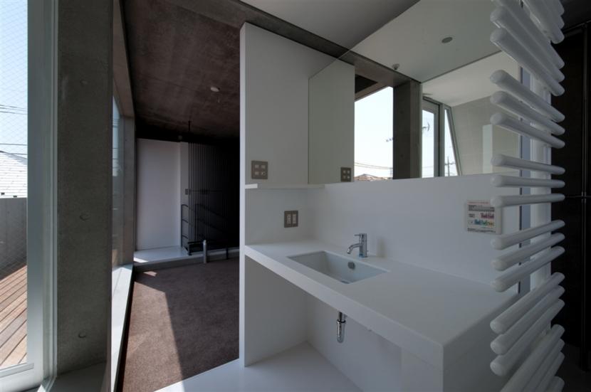 福生の家の部屋 洗面室