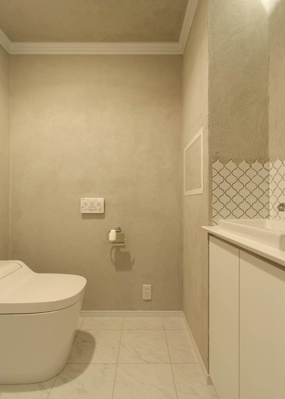 環境・アクセスに恵まれ、自然素材にこだわった住まい (トイレ)