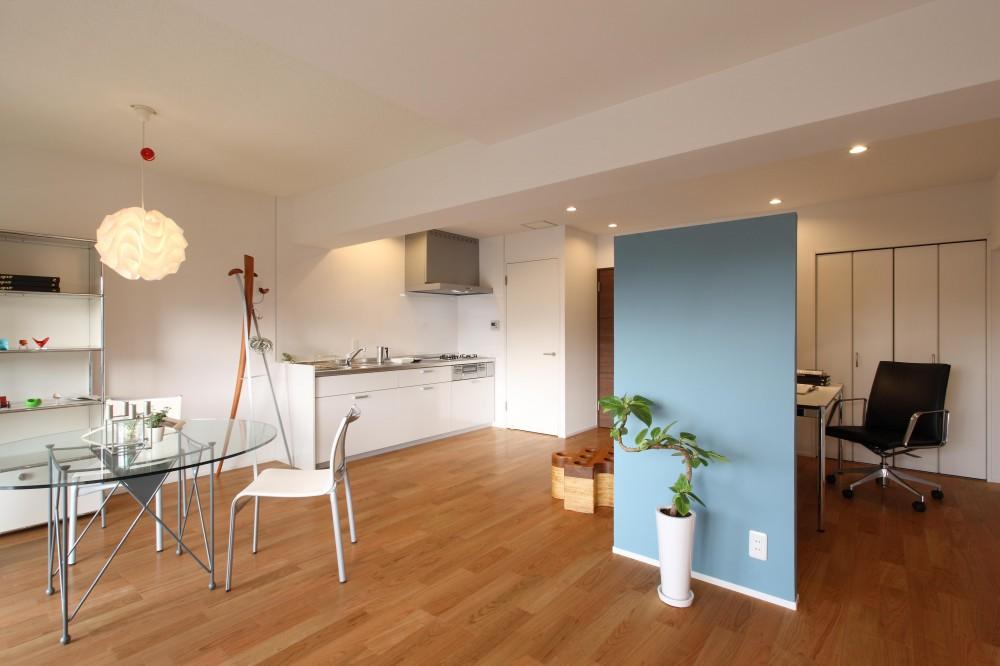 内装に拘ったLDK空間でひとり暮らしをとことん楽しむ。 (ダイニング・キッチン)