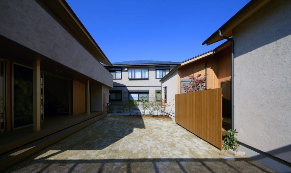鳳の家 (中庭)