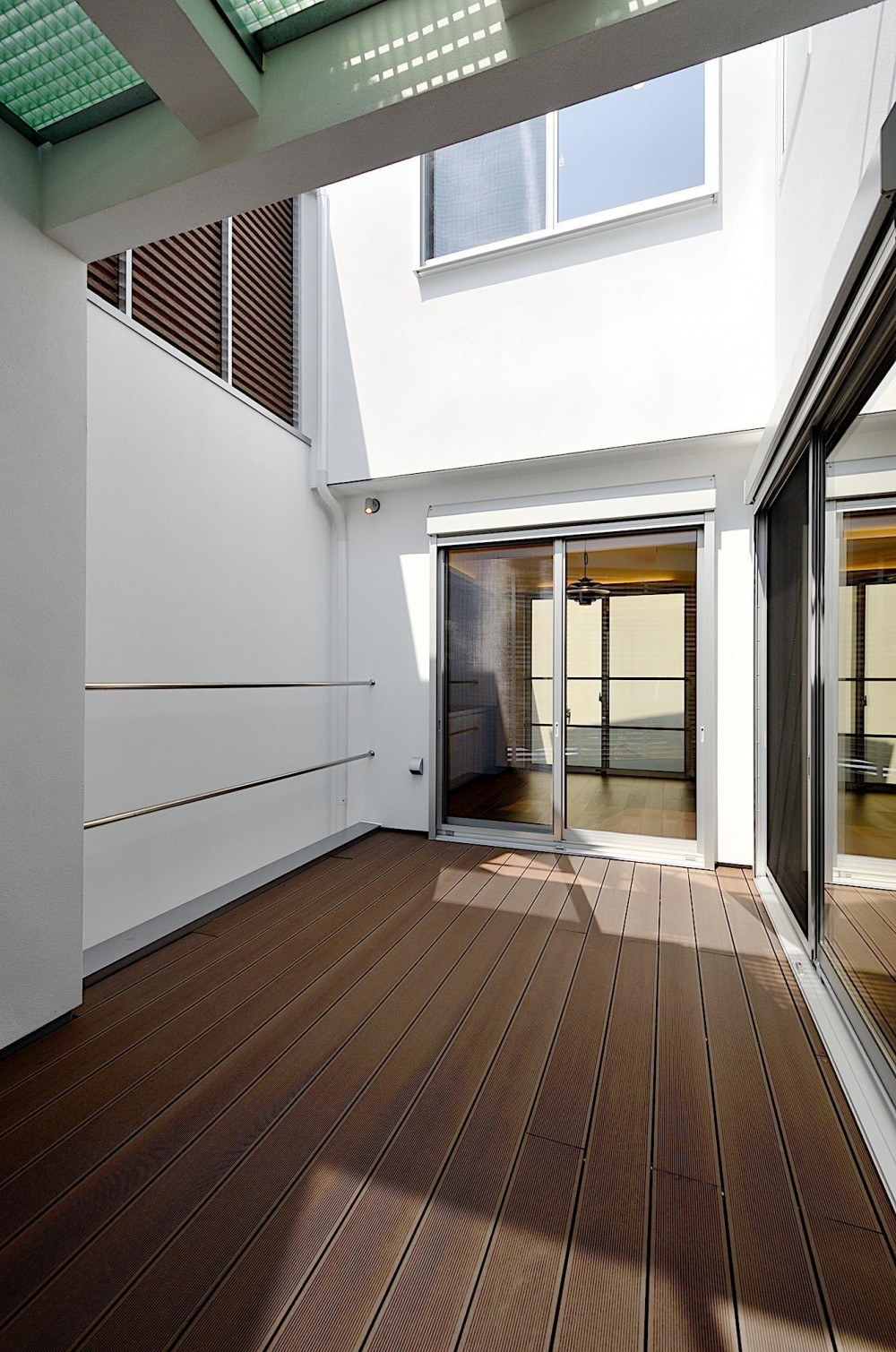 HNS-House (中庭)