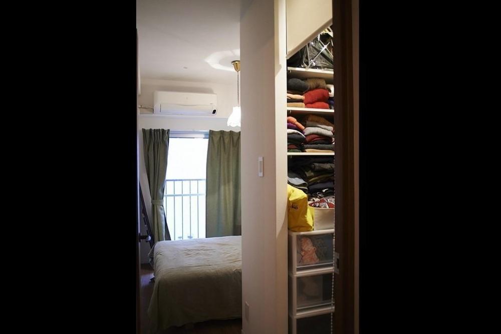 ペルシャ絨毯のある暮らし (ペルシャ絨毯のある暮らし 寝室と収納)