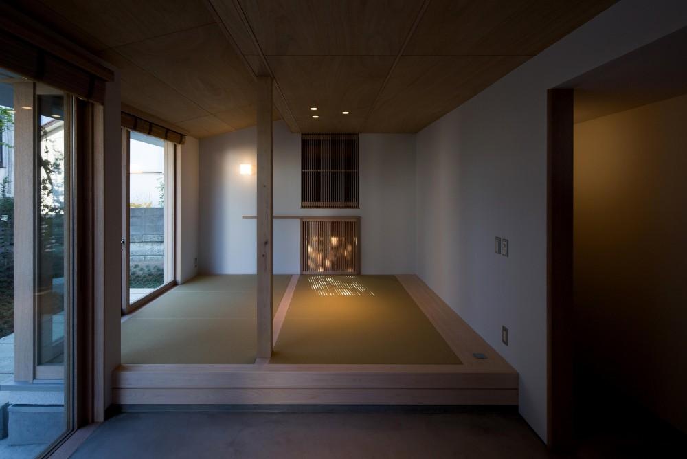 南戸塚の住居 / House in Minamitotsuka (畳スペース)