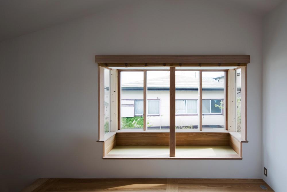南戸塚の住居 / House in Minamitotsuka (窓)
