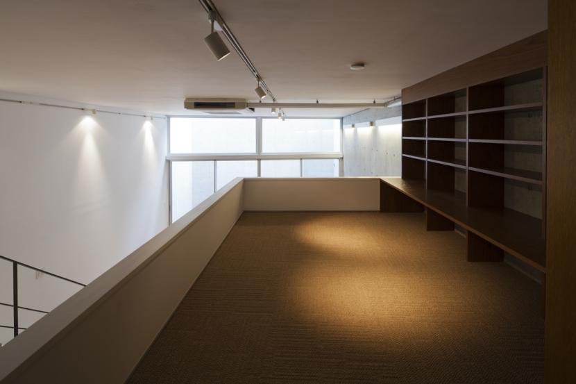 建築家:宮田聡夫 / 牧島哲郎「東松原のコーポラティブハウスA」