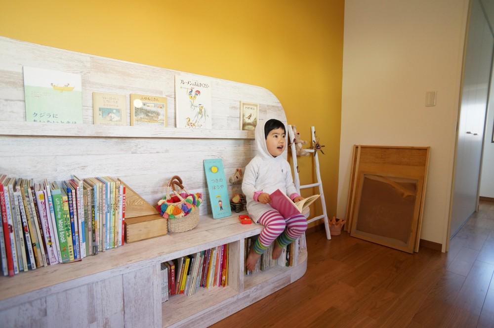 洋室 (笑顔あふれる理想の住まい、二世帯戸建リノベーション)