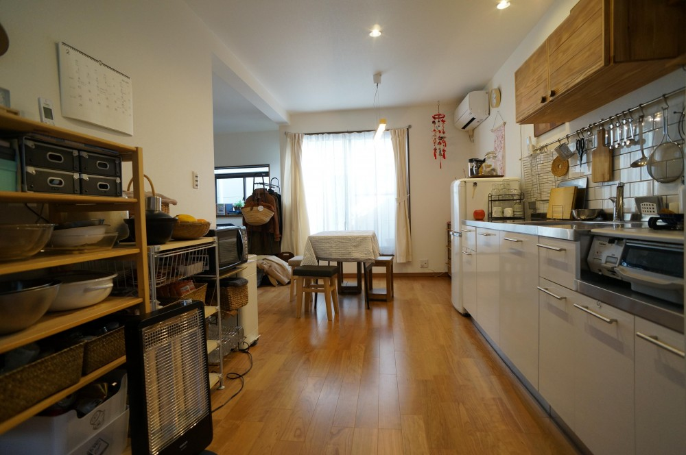 笑顔あふれる理想の住まい、二世帯戸建リノベーション (キッチン)