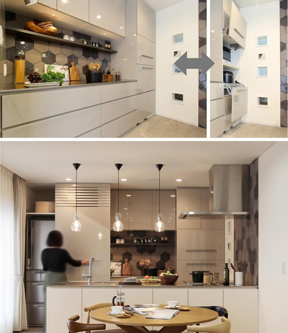カフェのようにくつろげる空間…《オーダーキッチン》 (キッチンの収納にもこだわりを)