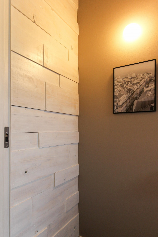 カフェのようにくつろげる空間…《オーダーキッチン》 (アクセント壁面)