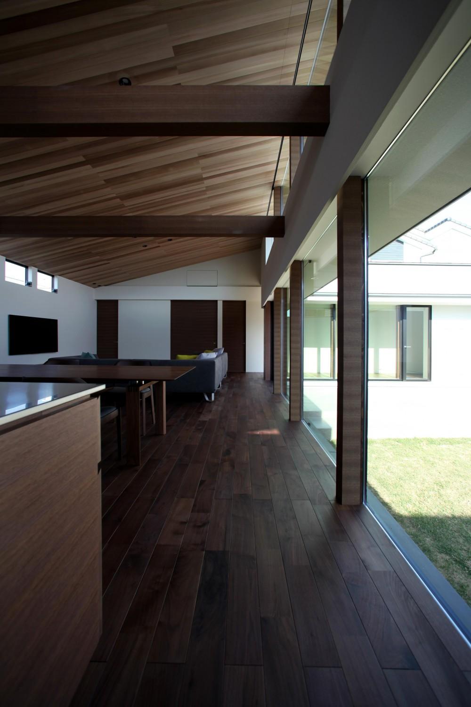 津紬の家(つむぎのいえ)~大きな勾配屋根の家~ (LDK)