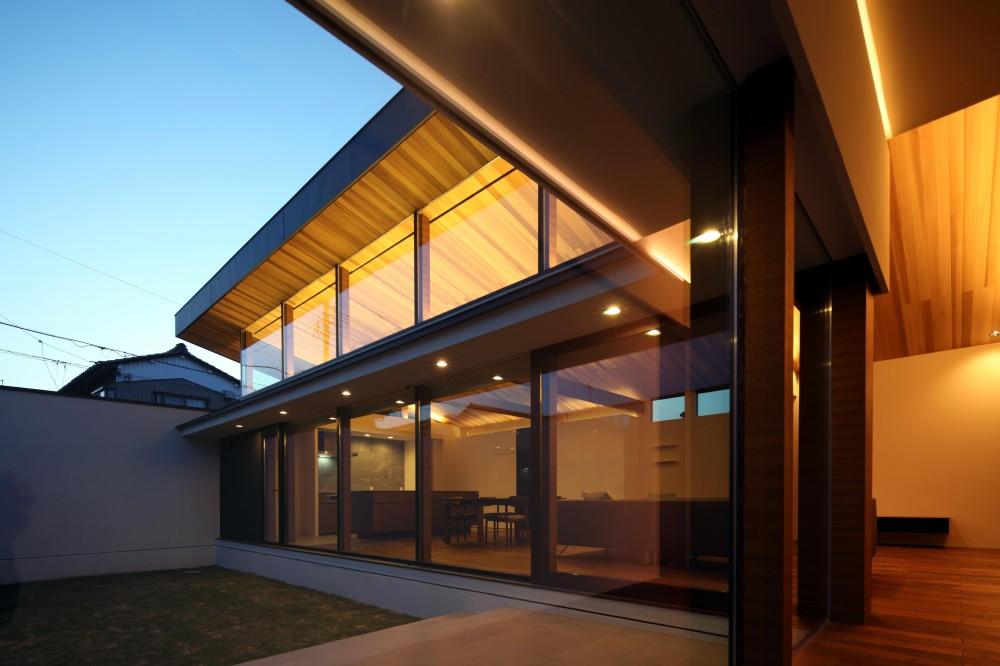 K-ATELIER「津紬の家(つむぎのいえ)~大きな勾配屋根の家~」